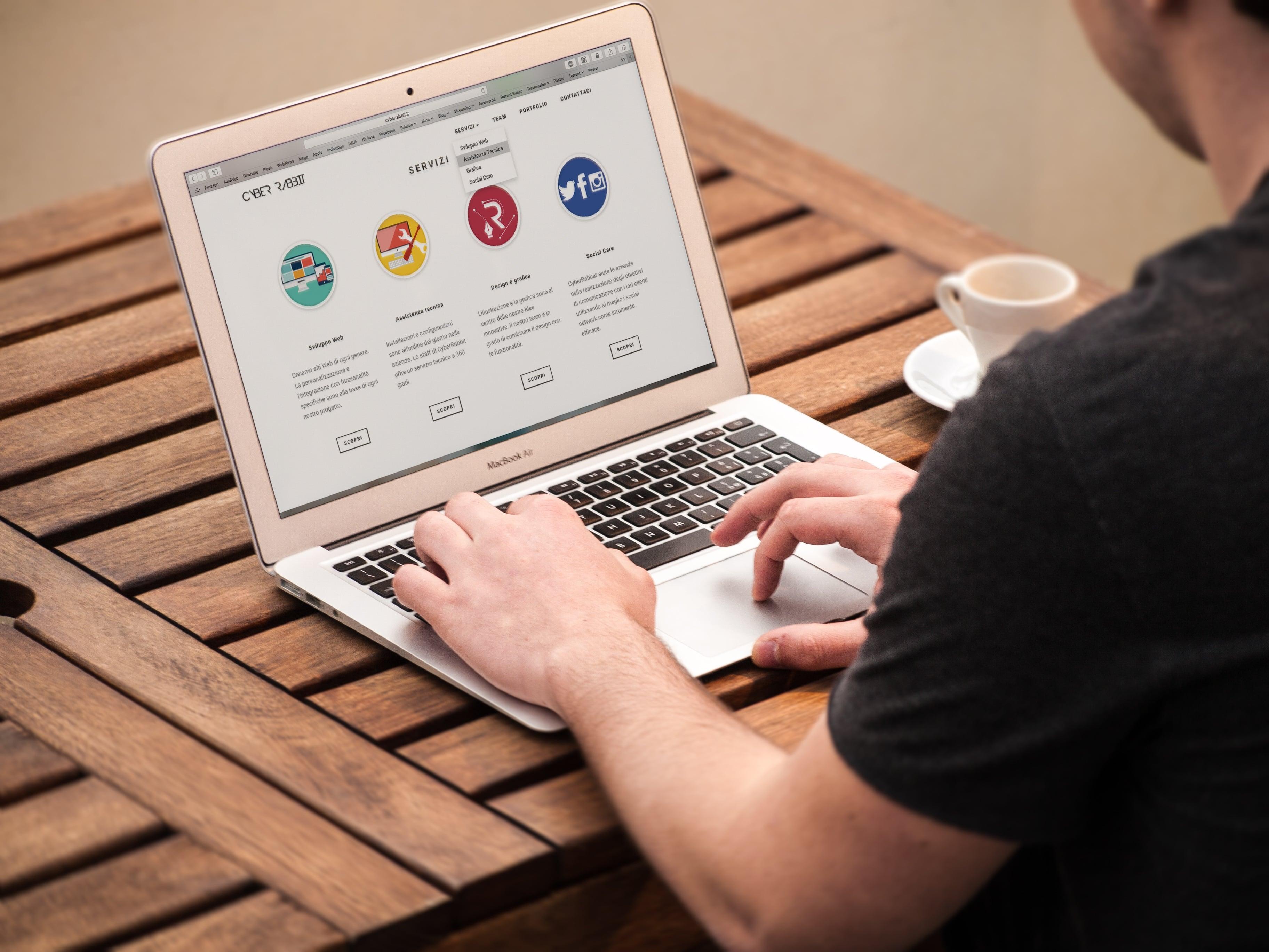 6 cách tiếp cận danh sách khách hàng tiềm năng online